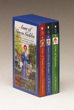 Anne of Green Gables: Anne of Windy Poplars, Anne's House of Dreams, Anne of Ingleside (Paperback)