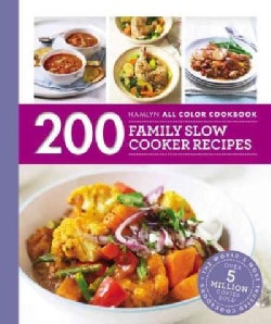 200 Family Slow Cooker Recipes (Paperback)