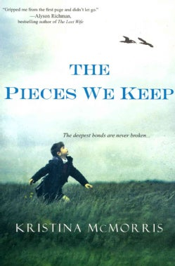 The Pieces We Keep (Paperback)