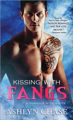Kissing With Fangs (Paperback)