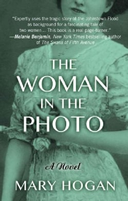 The Woman in the Photo (Hardcover)