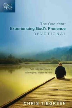 The One Year Experiencing God's Presence Devotional: 365 Daily Encounters to Bring You Closer to Him (Paperback)