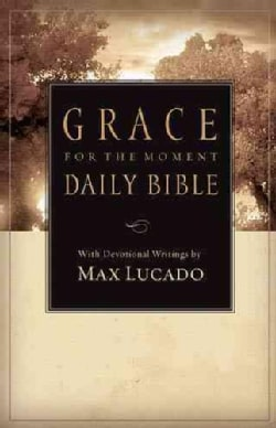 Grace for the Moment Daily Bible: New Century Version Personal Devotional (Paperback)