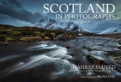 Scotland in Photographs (Paperback)