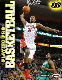 Playing Pro Basketball (Hardcover)