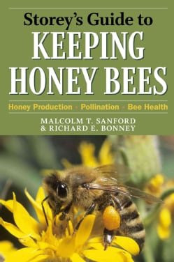 Storey's Guide to Keeping Honey Bees: Honey Production, Pollination, Health (Paperback)