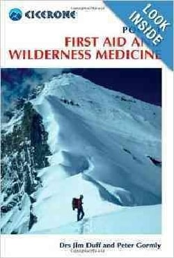 Pocket First Aid and Wilderness Medicine (Paperback)