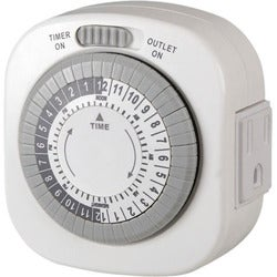 AmerTac Indoor 1-Outlet (Grounded) Daily Mechanical Timer