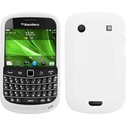 INSTEN Solid White Skin Phone Case Cover for Blackberry Bold 9930/ 9900