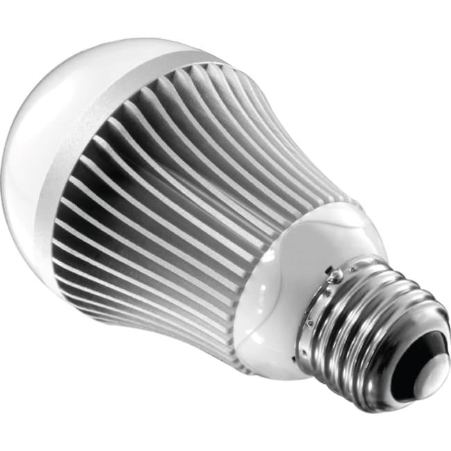 Aluratek LED 8W Light Bulb, 60W Replacement