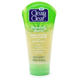 CLEAN & CLEAR Morning Burst Shine Control Facial Scrub 5 oz