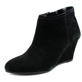 Carlos Santana Laurelle Women Round Toe Suede Ankle Boot