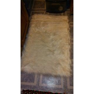 Safavieh Faux Sheep Skin Alexandria Shag Solid Rug