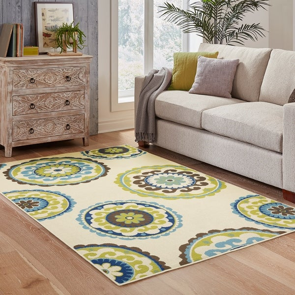 Carson Carrington Assentoft Medallion Indoor/ Outdoor Area Rug. Opens flyout.