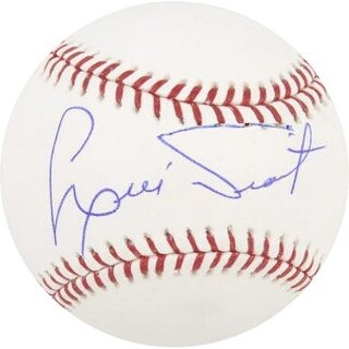 Luis Tiant signed Official Major League Baseball (Red Sox/Yankees/Indians)