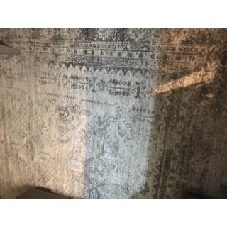 "Evry Gray Vintage Heriz Area Rug - 7'10"" x 10'3"""