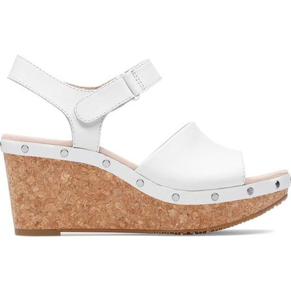 85302a17850 Shop Clarks Women's Annadel Clover Wedge Sandal White Leather - On ...