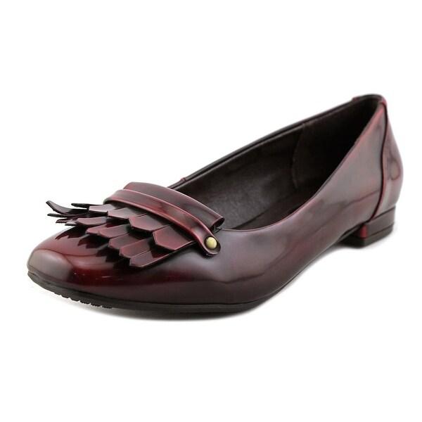 Rialto Azalea Women Burgundy Flats