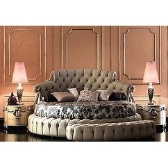 Luxury Design Chesterfield style tufted king bed