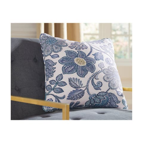 Miriam Floral Indoor/Outdoor Throw Pillow