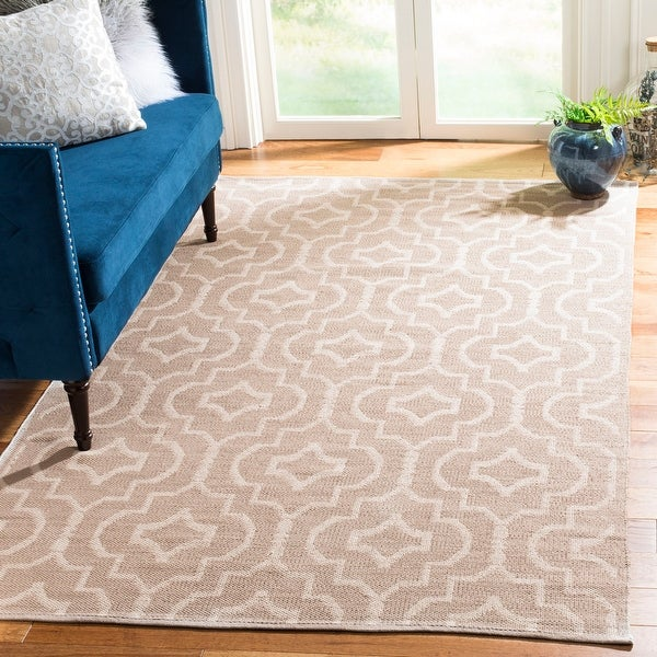 Safavieh Handmade Flatweave Montauk Seong Casual Cotton Rug. Opens flyout.