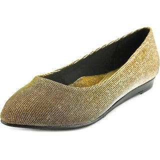 Soft Style by Hush Puppies Darlene WW Pointed Toe Canvas Flats
