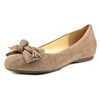 Jessica Simpson Madian Women Round Toe Suede Flats