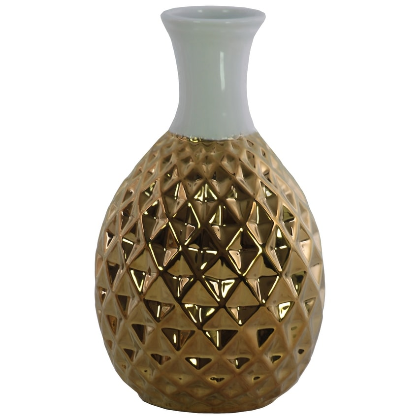 Round Ceramic Belied Vase with Engraved Diamond Pattern, Chrome Gold