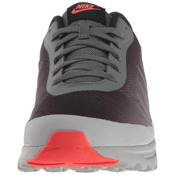 Nike Men's Air Max Invigor Print Sneaker Running