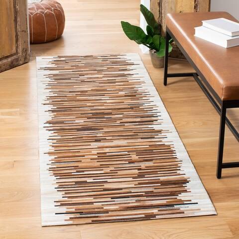 SAFAVIEH Handmade Studio Shefkije Natural Hide Leather Rug