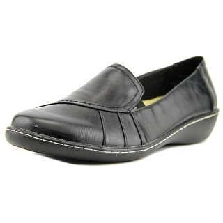 Beacon Heloise Women Round Toe Synthetic Black Loafer