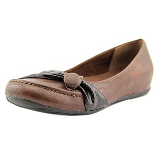 Easy Street Cam Women W Round Toe Synthetic Brown Flats