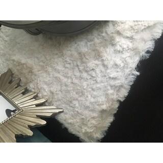 Stewart Handmade Silken Glam Shag Ivory Rug - 5' x 8'