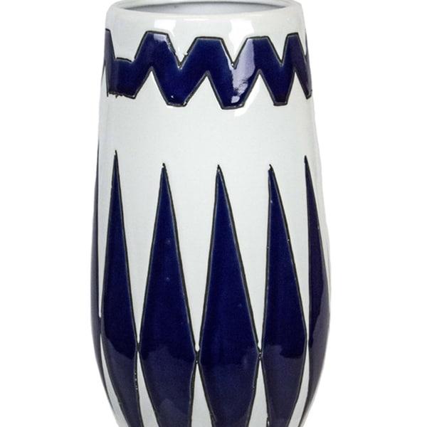 Striking Ceramic Decorative Vase, Blue and White