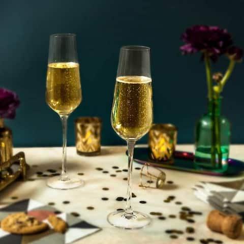 JoyJolt Layla European Crystal Champagne Glasses 6.7 Ounce, Set of 4 Flute Glasses