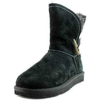 UGG Collection w meadow Women Round Toe Suede Black Winter Boot https://ak1.ostkcdn.com/images/products/is/images/direct/04038bfca41d88de9cae19dd6830600e2e25da8f/UGG-Collection-w-meadow-Women-Round-Toe-Suede-Black-Winter-Boot.jpg?impolicy=medium
