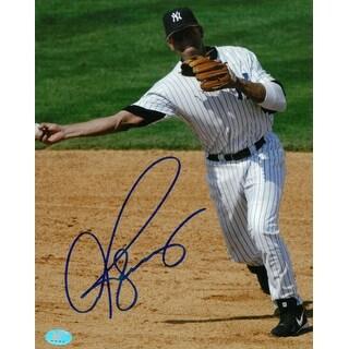 Alex Rodriguez signed New York Yankees 8x10 Photo (full sig)- Rodriguez & BAS-Beckett Holograms