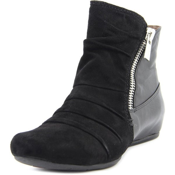 Earthies Pino   Round Toe Leather  Ankle Boot