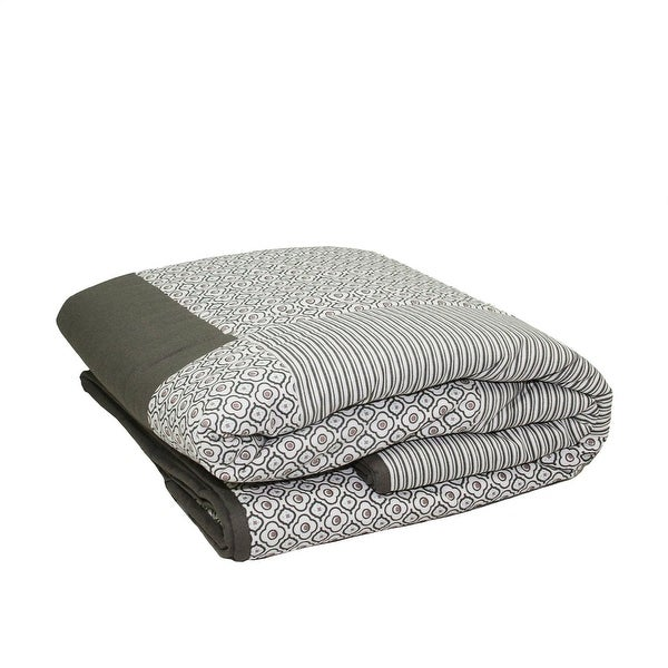 "78.75"" New Romance Light Gray Stripe and Quatrefoil Quilted Throw Blanket"