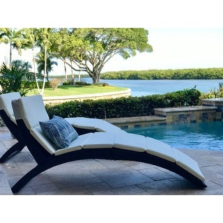 Outsunny Folding PE Rattan Wicker Patio Lounge Chair