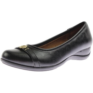 Naturalizer Womens Haute Faux Leather Wedge Round-Toe Shoes