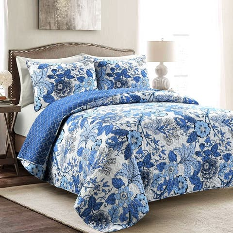 The Curated Nomad Chorro 3-piece Quilt Set