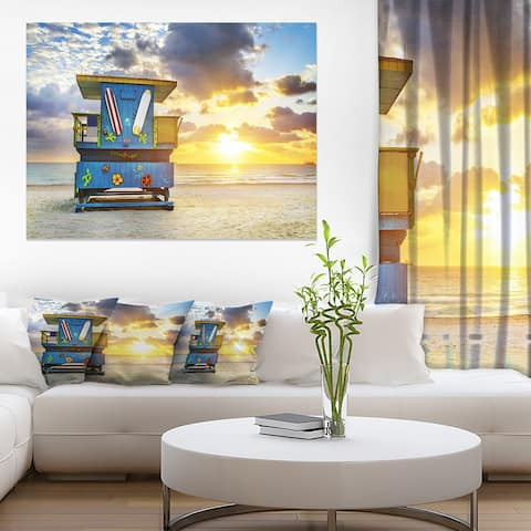 Designart 'Miami South Beach Sunrise' Large Seashore Canvas Wall Art