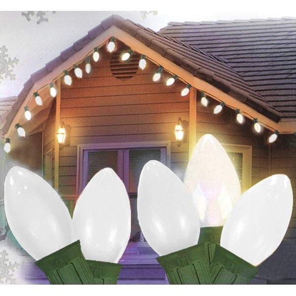 Set of 25 Opaque Clear White C7 Christmas Lights - Green Wire