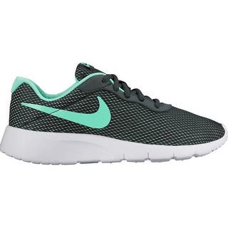 Nike Girls Tanjun SE (TDV) Running Shoes|https://ak1.ostkcdn.com/images/products/is/images/direct/06412811a96529c33abfae567d0b000bc491d9e7/Nike-Girls-Tanjun-SE-%28TDV%29-Running-Shoes.jpg?impolicy=medium