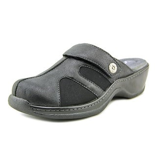 Softwalk Acton WW Round Toe Leather Clogs