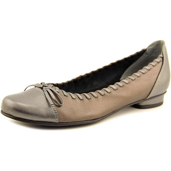 Rose Petals by Walking Cradles Meddle  N/S Round Toe Leather  Flats