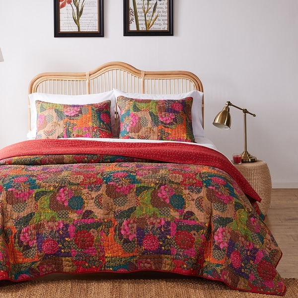 Greenland Home Jewel Oversized Reversible 3-piece Quilt Set. Opens flyout.