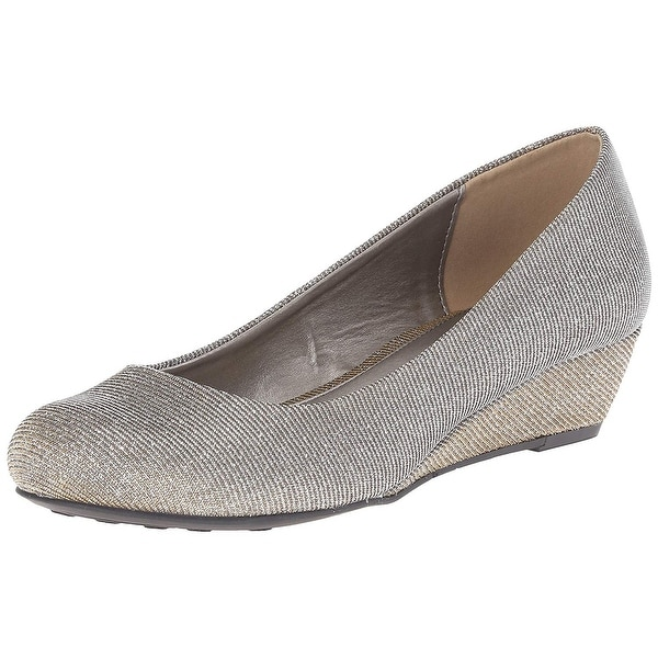 CL by Chinese Laundry Women's Marcie Patent Wedge Pump