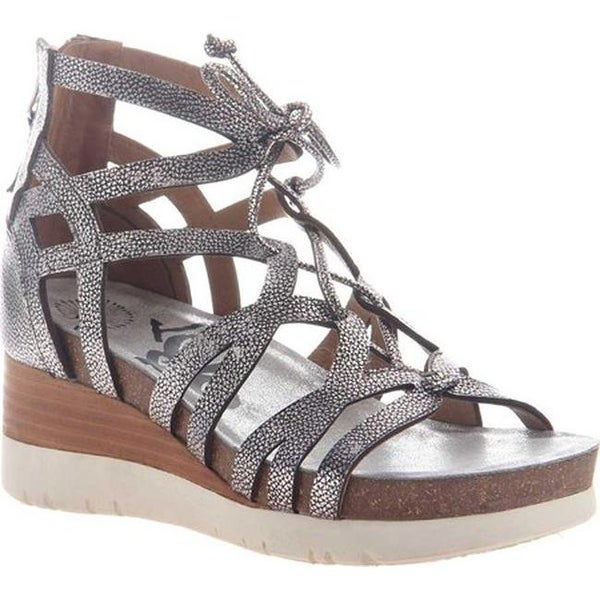 2fcb9ffb7 Shop OTBT Women's Escapade Gladiator Wedge Silver Leather - Free Shipping  Today - Overstock - 20747087